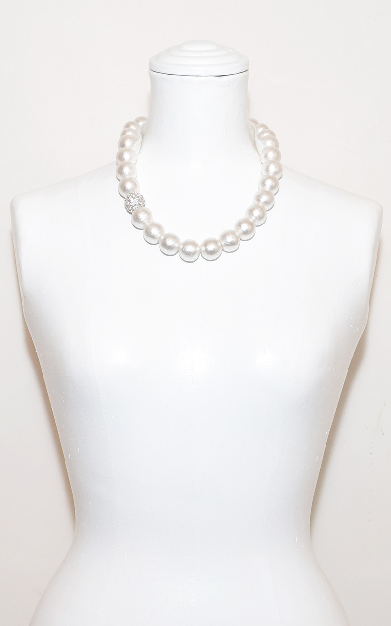 G-04     Ribbon or Clasp     White or grey cotton pearls, grosgrain ribbon or magnetic clasp, 1 crystal ball